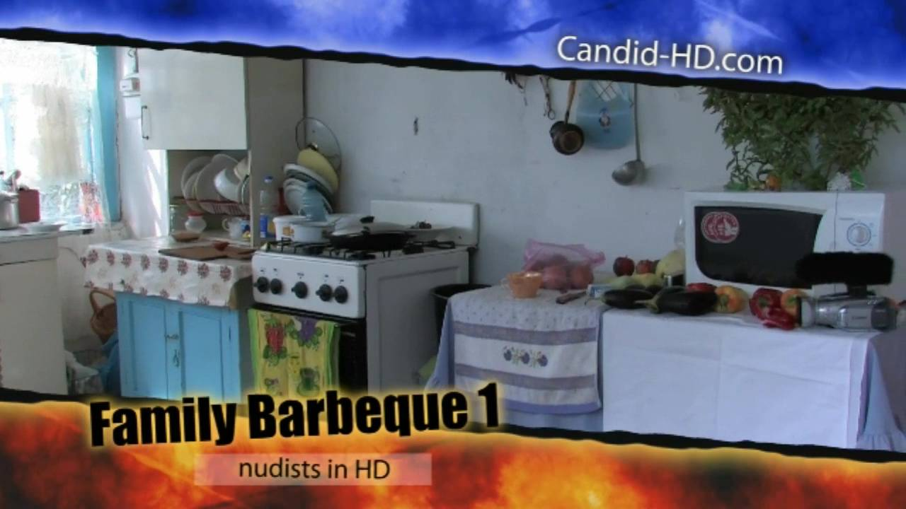 Candid-HD Videos Family Barbeque 1 - Poster