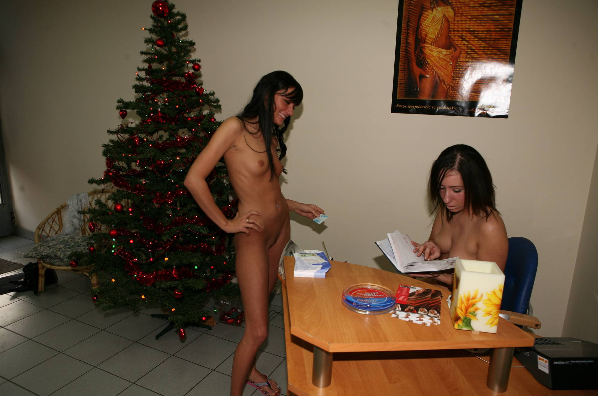Pure Nudism Hair Salon Reception Girls - 1