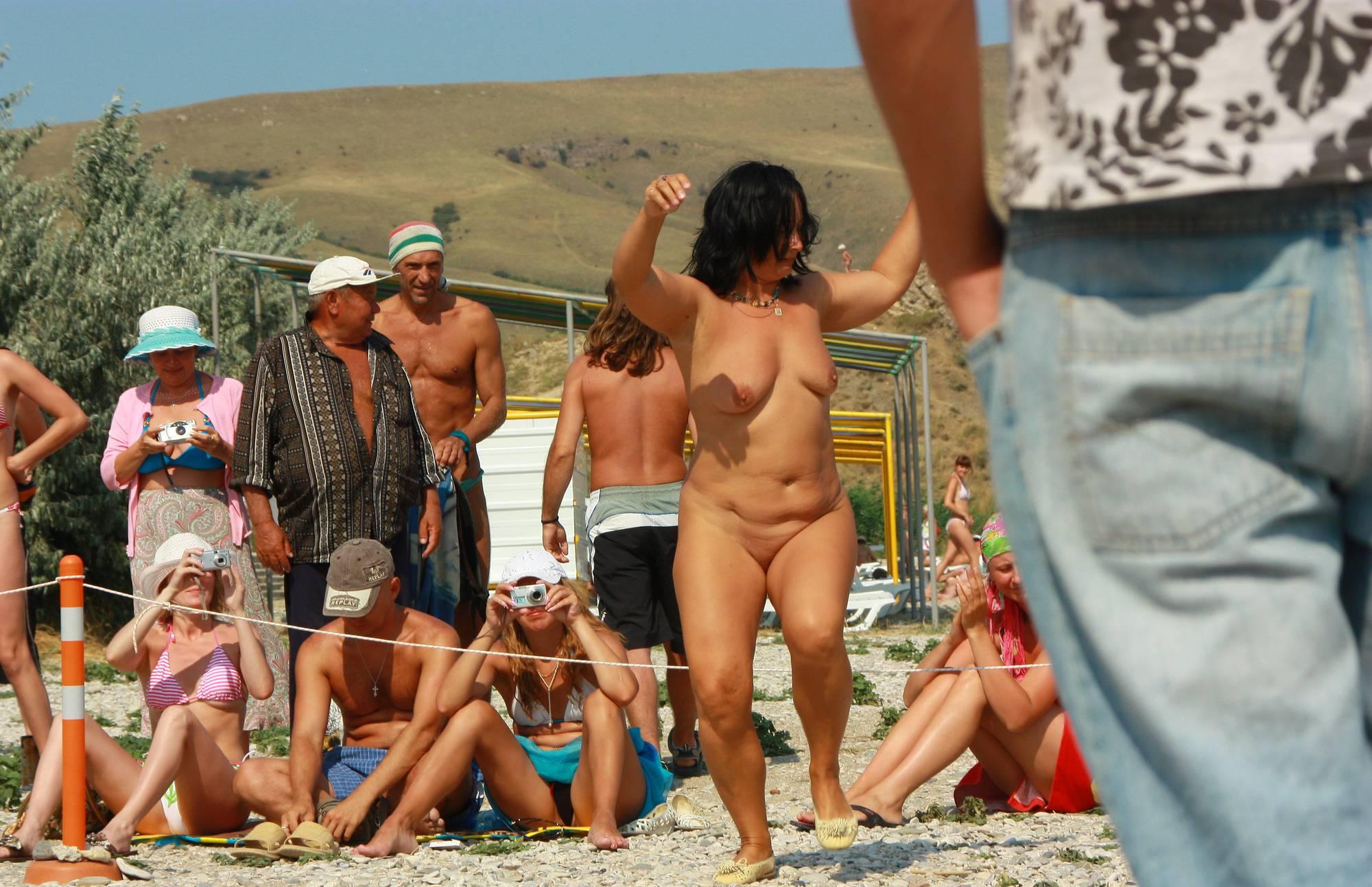 Pure Nudism Images Neptune Woman Dancing - 2