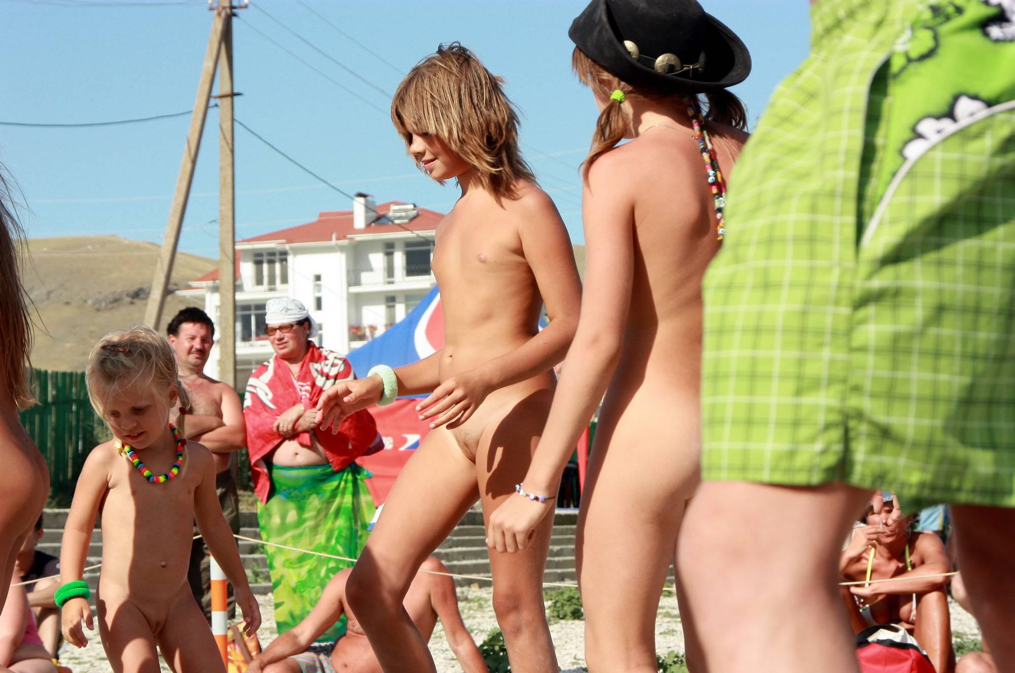 Black Sea Beach Dancing - 2