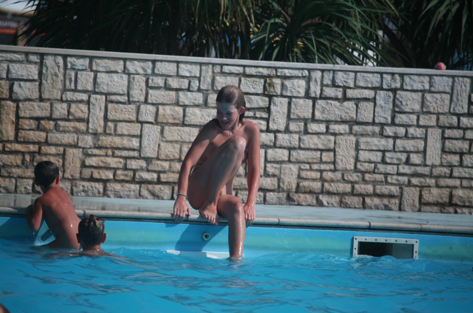 Pool Teenager Chaperon - 3