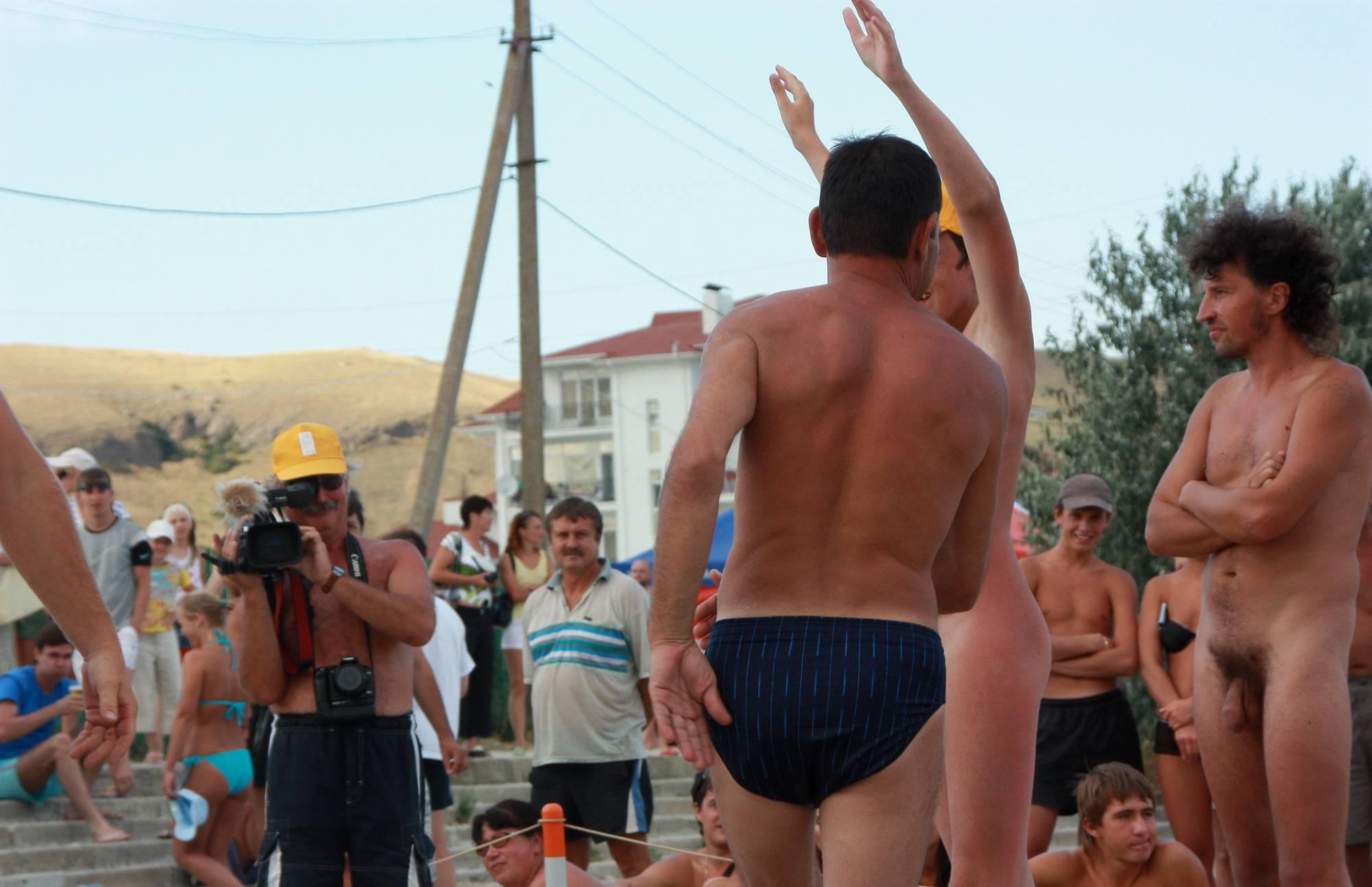 Purenudism Photos Ukrainian Men Dance Day - 2