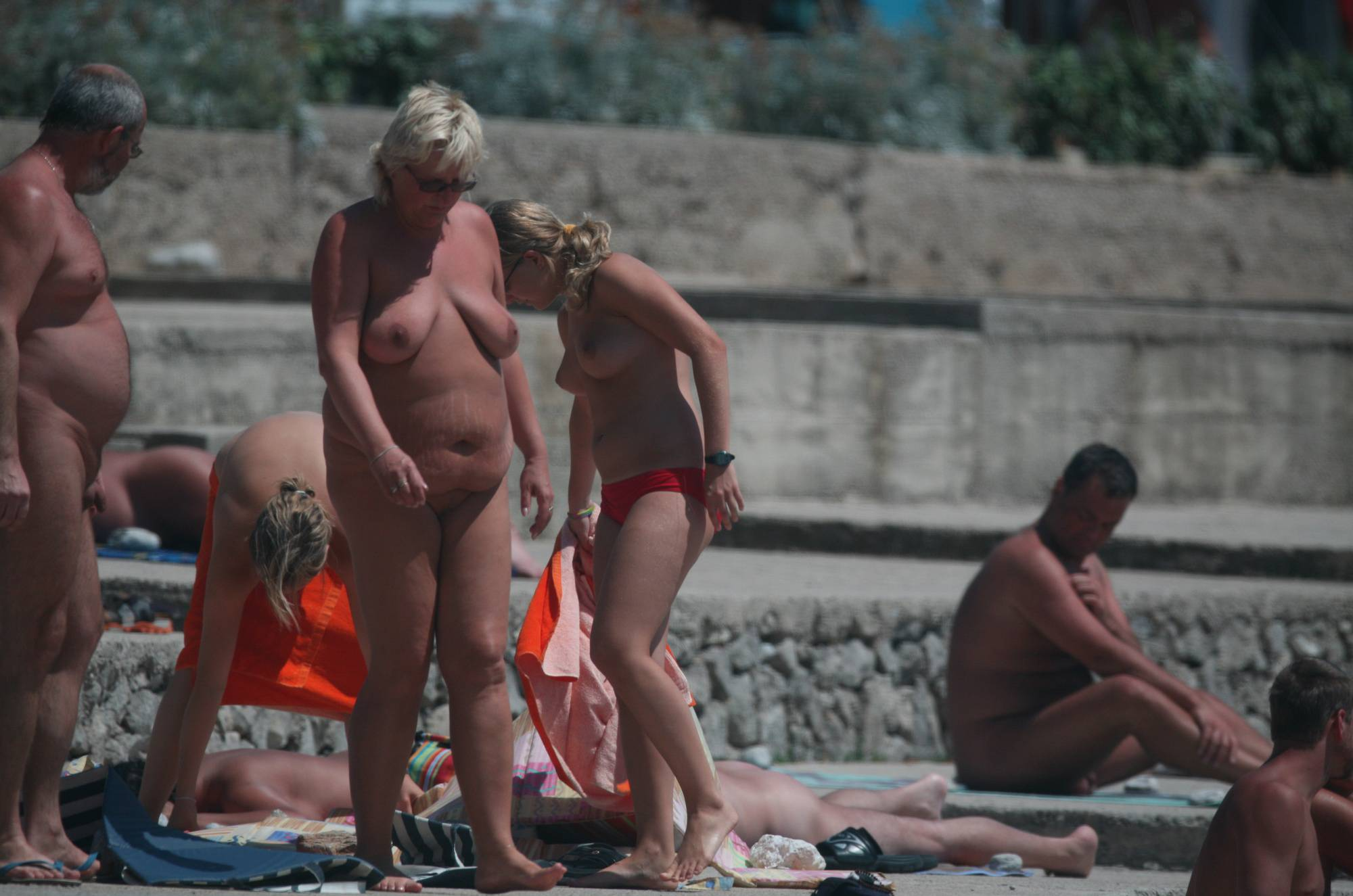 Pure Nudism Gallery Cove Pyramid Girlfriends - 2