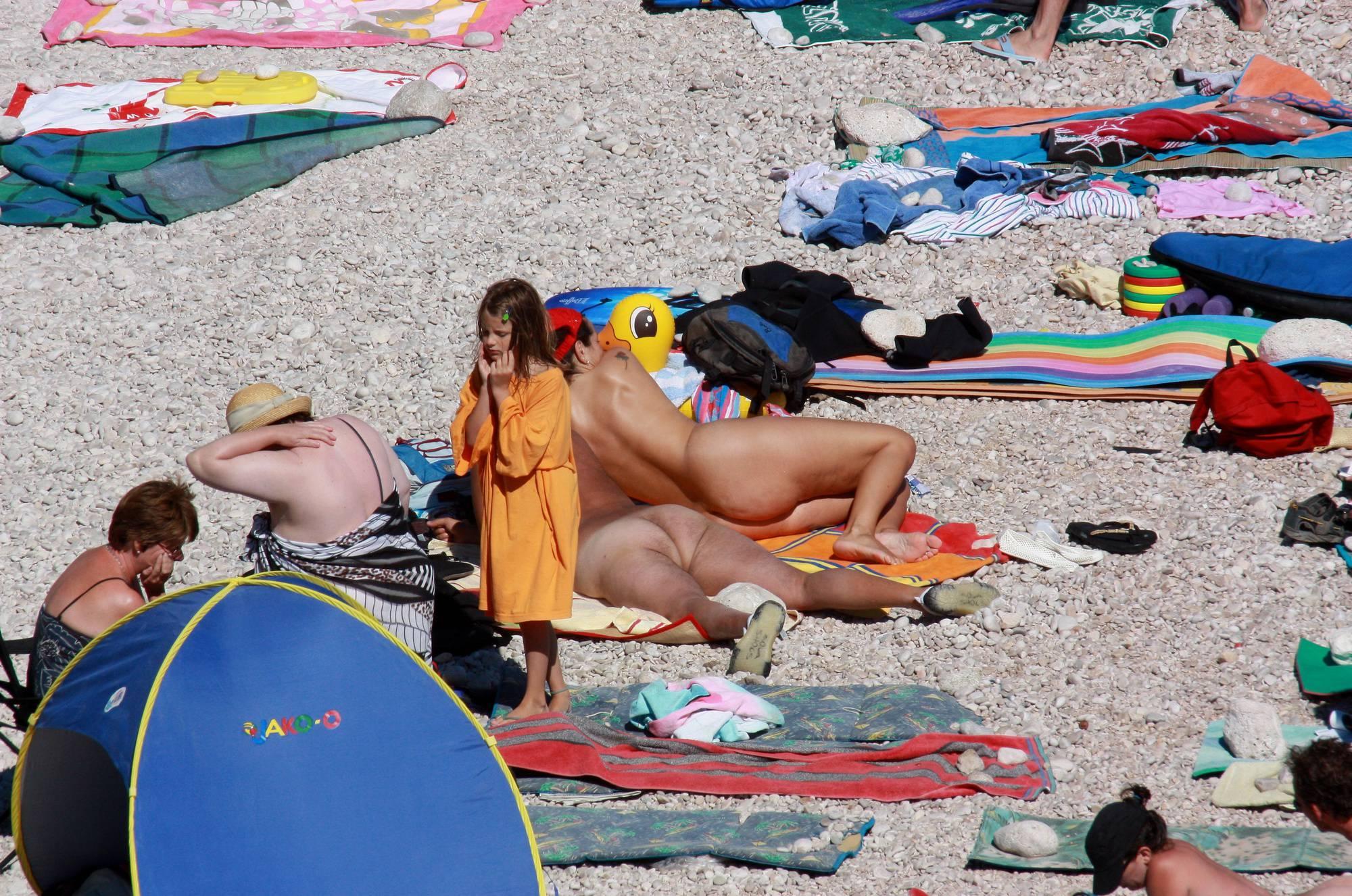 Pure Nudism Photos Nudist Family Beach Look - 1