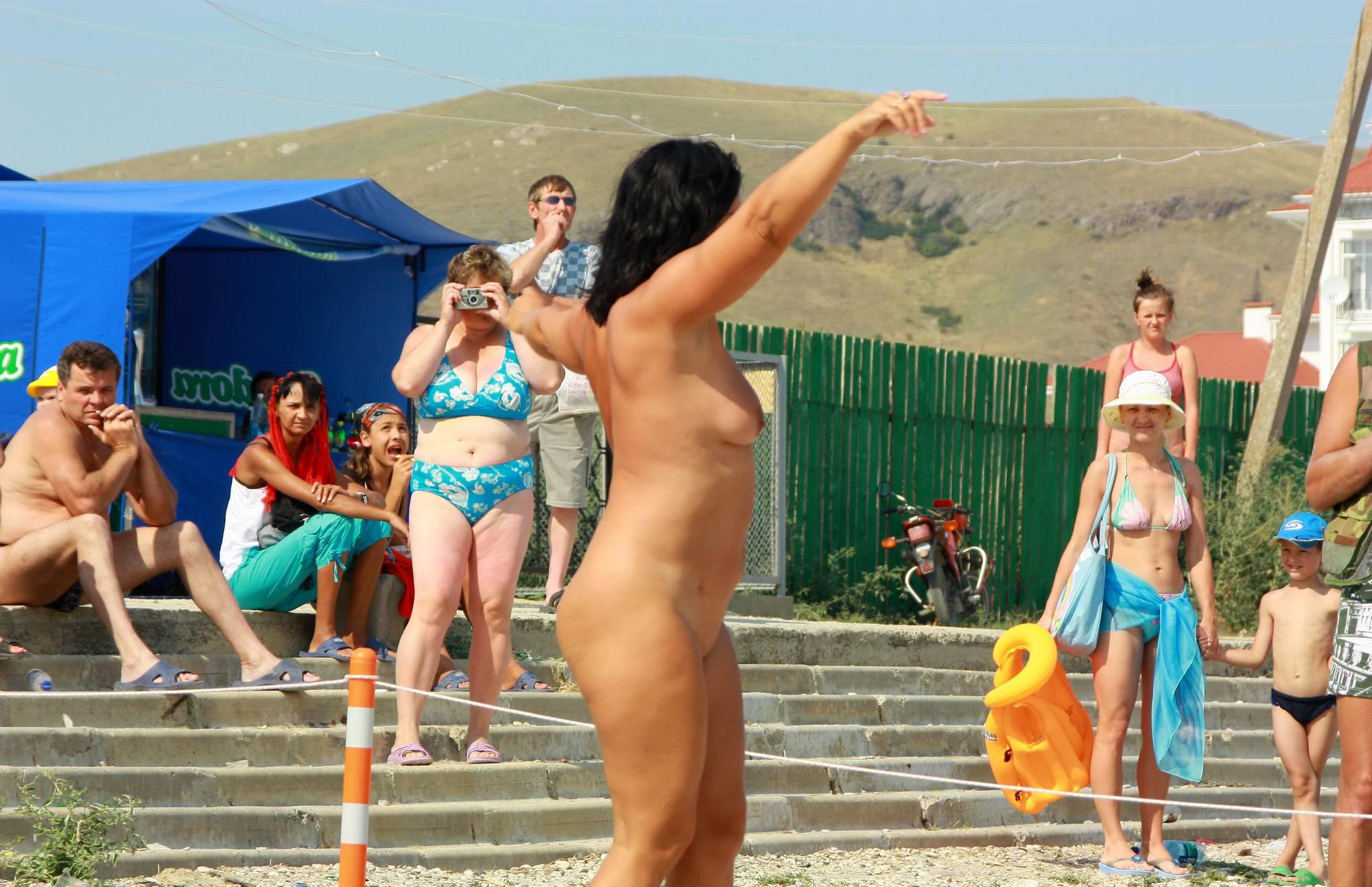 Neptune Woman Dancing - 1