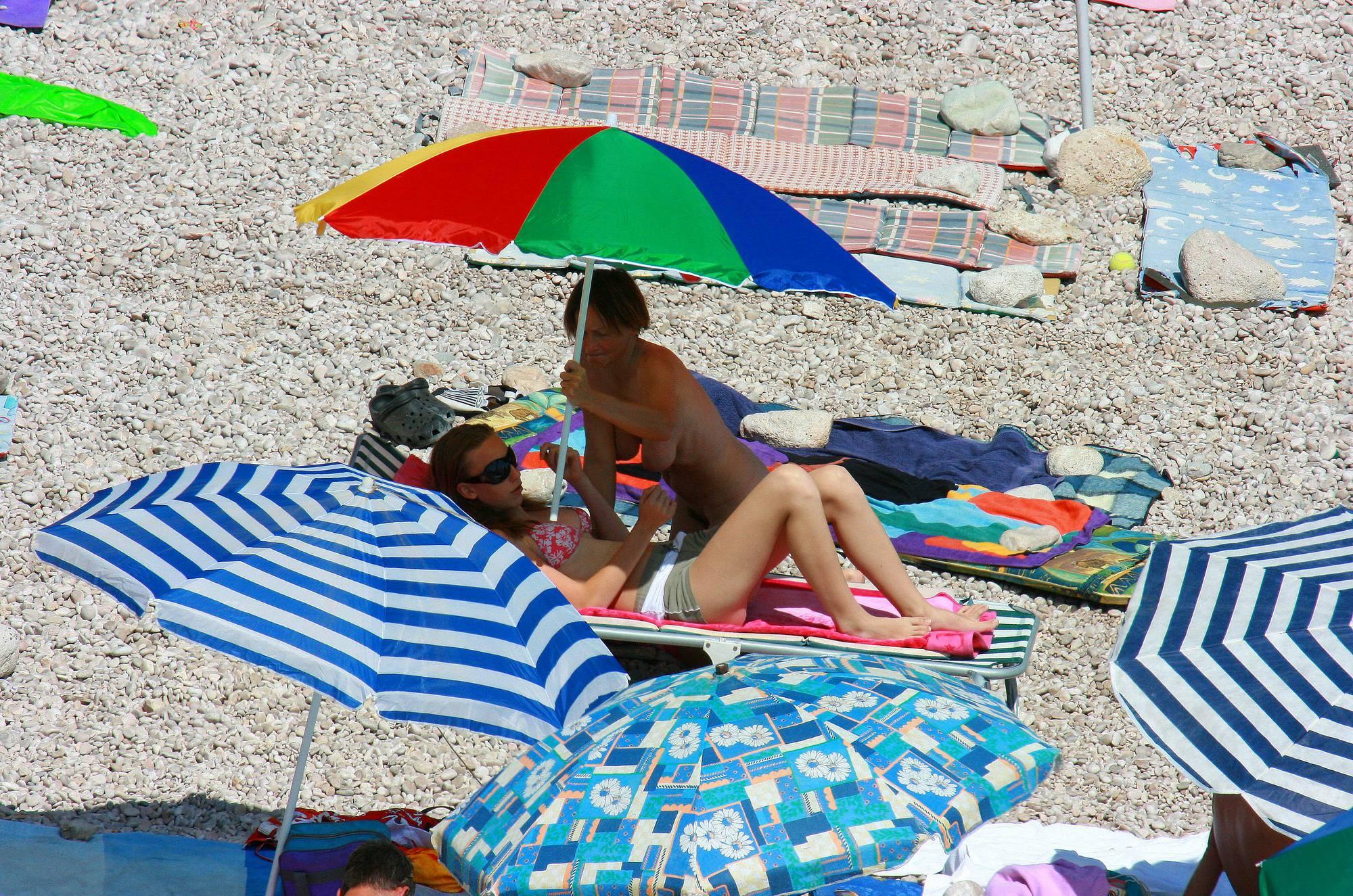 Purenudism Photos Ula FKK Pink Girl's Beach - 2