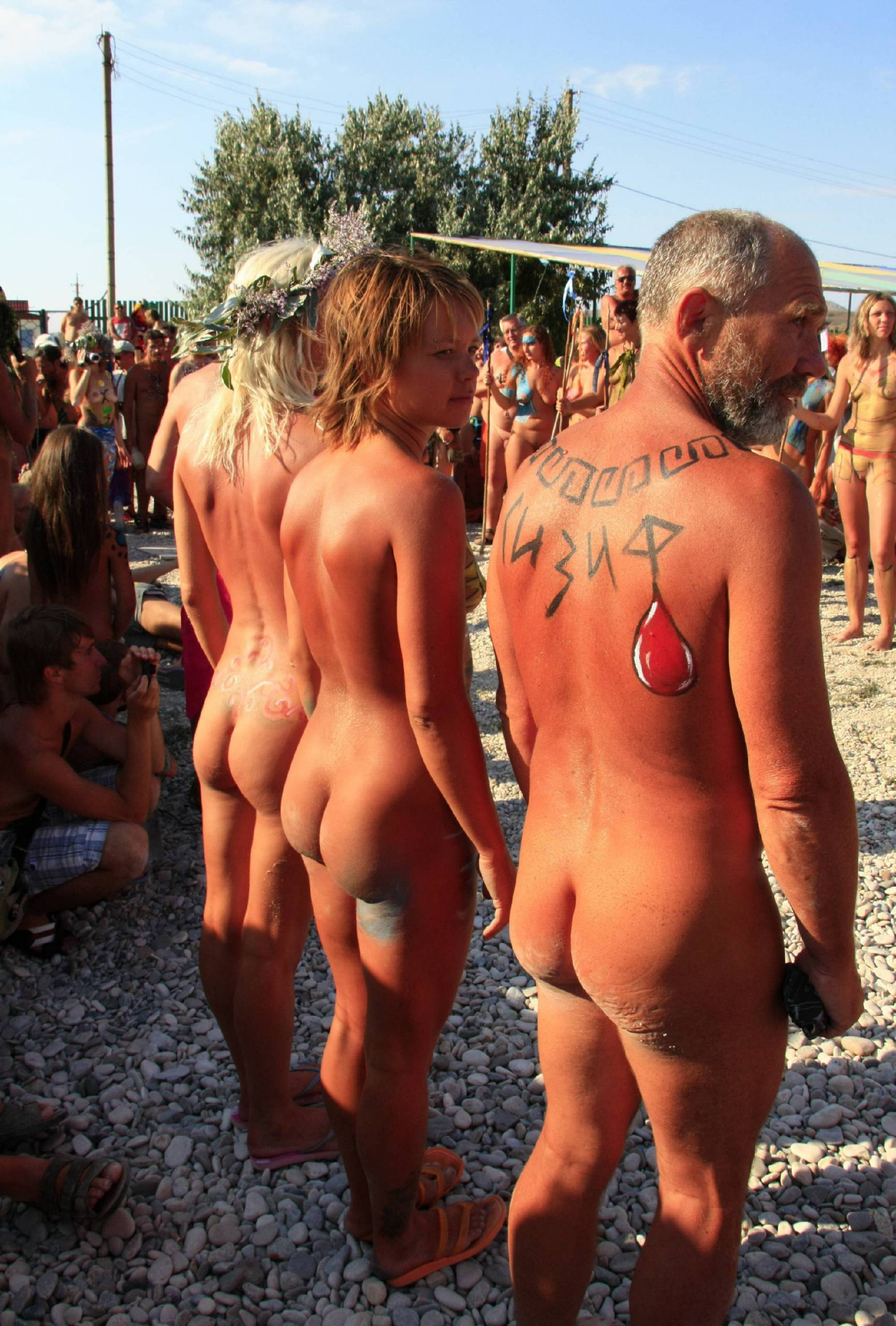 Pure Nudism Images Ukrainian Group Callouts - 1