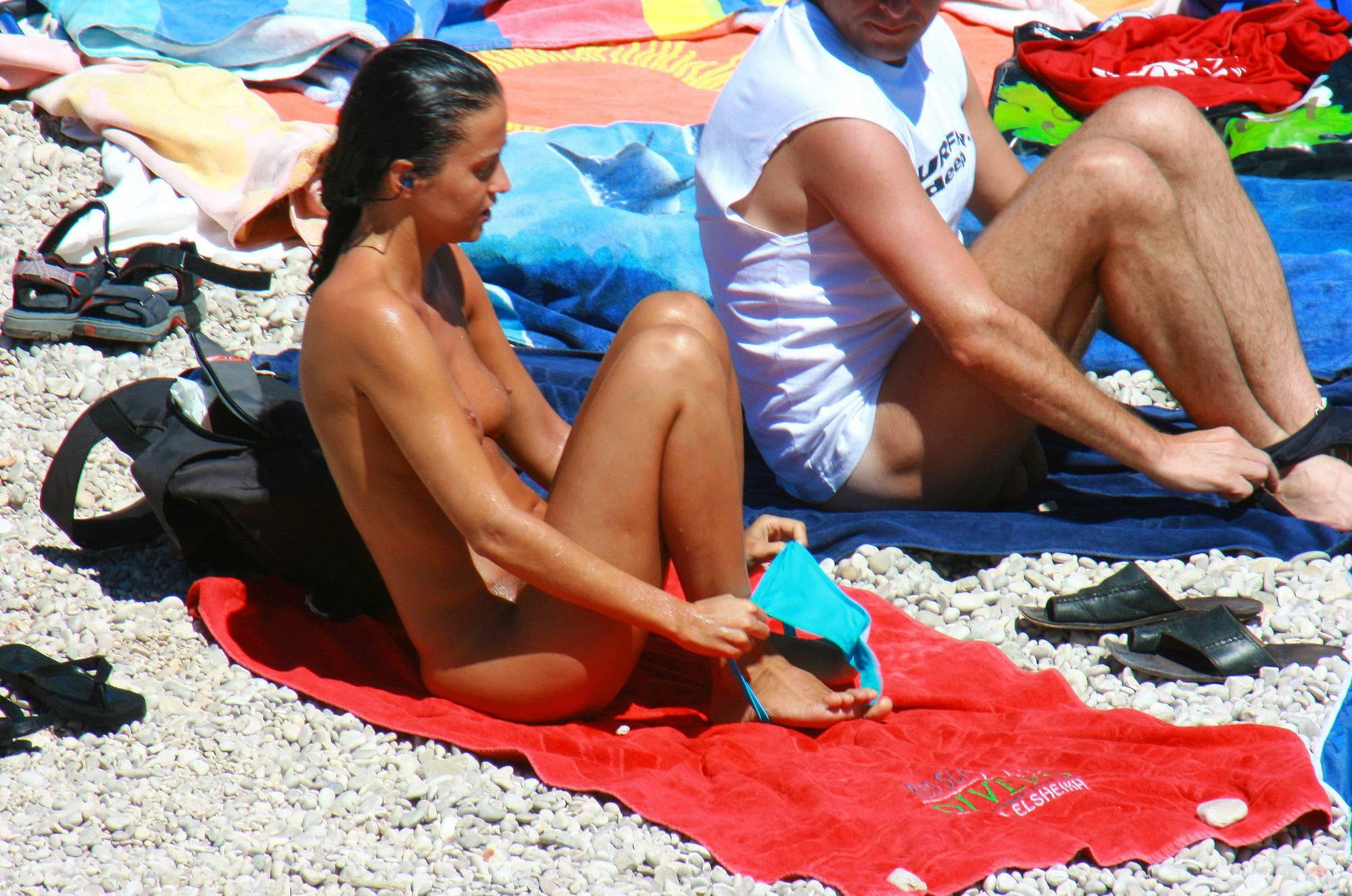 Purenudism Pics Ula FKK Red Beach Woman - 2