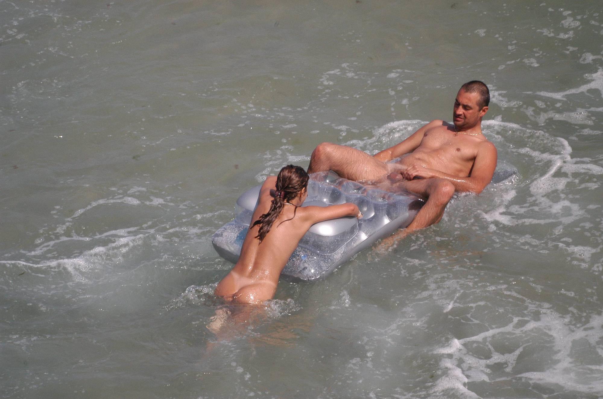 Verna Floatable Fun Couple - 3